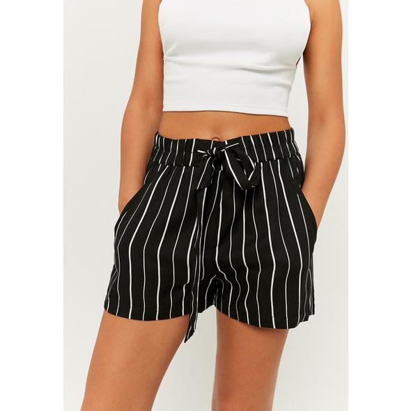 Leichte Shorts
